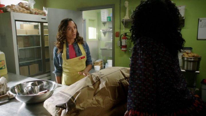Once Upon a Time 7x05 Greenbacks - Jacinda and Sabine making beignets