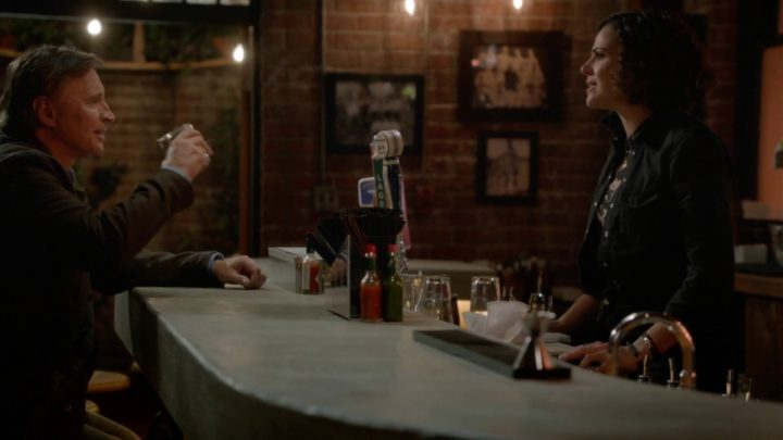 Once Upon a Time 7x08 Pretty in Blue - Roni and Weaver having a drink