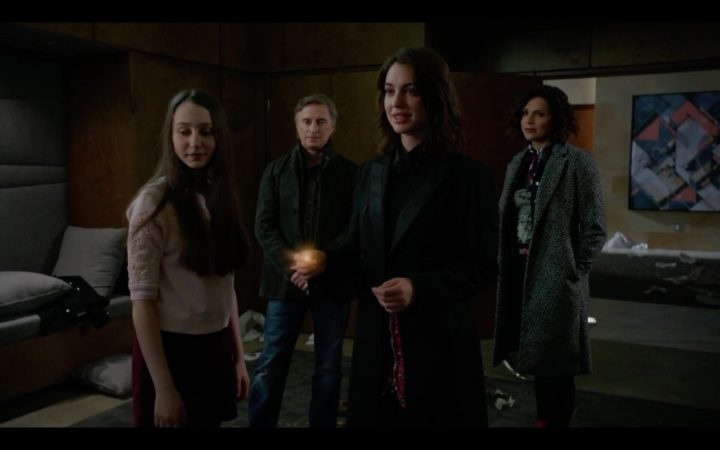 Once Upon a Time 7x15 Sisterhood - Ivy and Anastasia escapes Hyperion Heights using magic bean