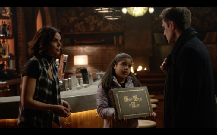 Once Upon a Time podcast 7x20 Is this Henry Mills - Regina and Lucy convinced Henry to touch the first Once Upon a Time story book