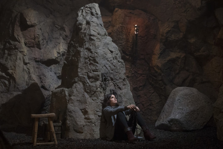 Once Upon a Time podcast 7x22 Leaving Storybrooke - Regina shackled in the dungeon by Wish Henry